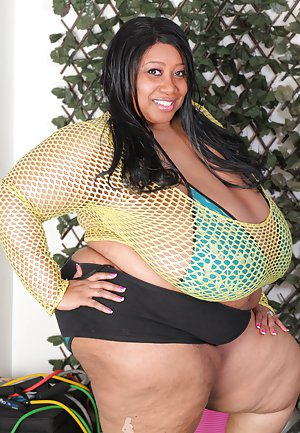 SSBBW Black Pictures